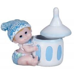 Bébé Garçon avec son Biberon