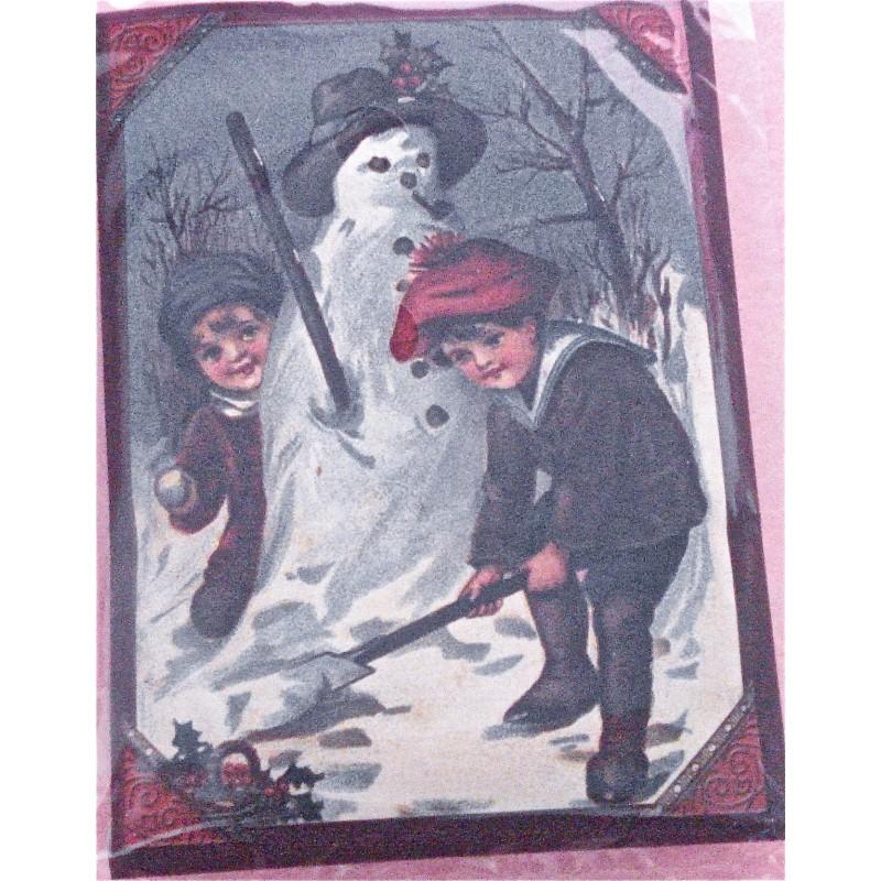 Bonhomme de neige au chapeau noir